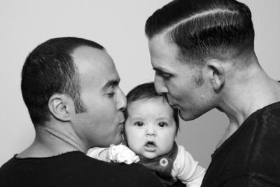 تولد کودکان از زوجهای همجنس تا دو سال آینده به واقعیت خواهد پیوست