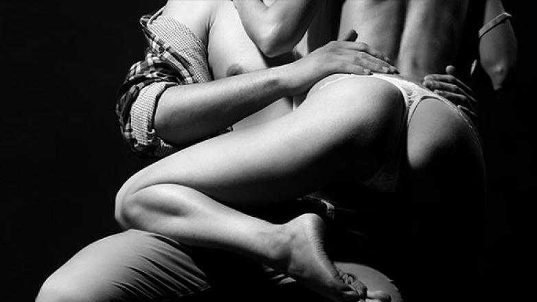 چگونه سکس مقعدی لذتبخشی داشته باشیم؟